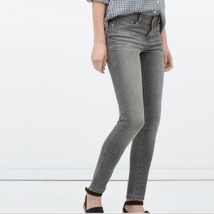 Zara Skinny Jeans In Grey Size 4